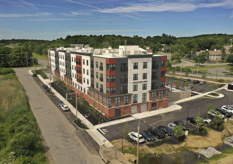 Newburyport Crossing fully leasedin Smart Growth District