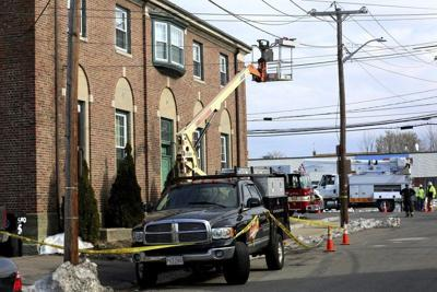 Salem officials ID painter in electrocution