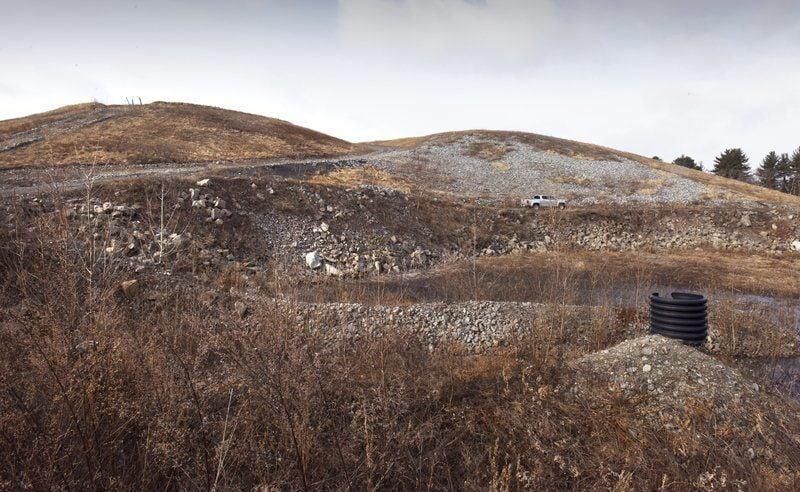 Solar panel project proposed for Newburyport landfill