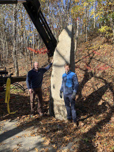 City erectsnew sculpture on rail trail