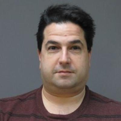 New charges soughtagainst ex-decorator