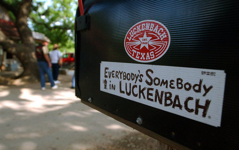 A country drive: From Luckenbach to Rocky Top, music genre spans the map