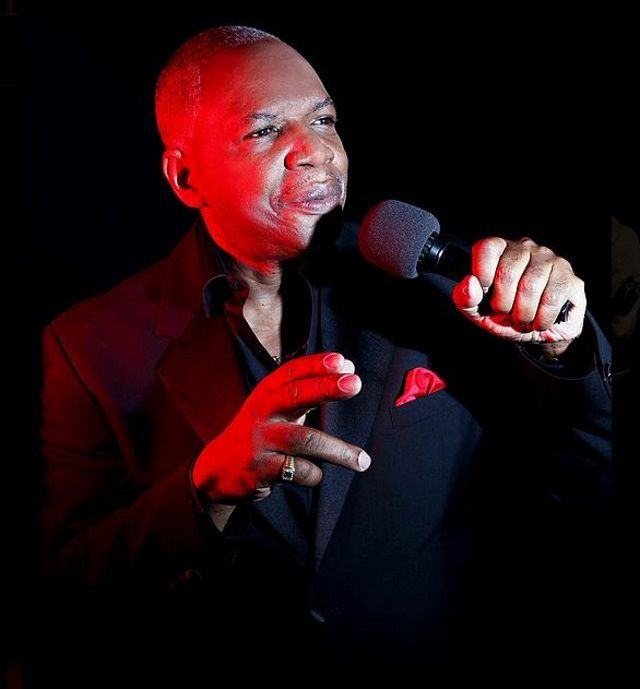 Stephen Fuller To Sing
