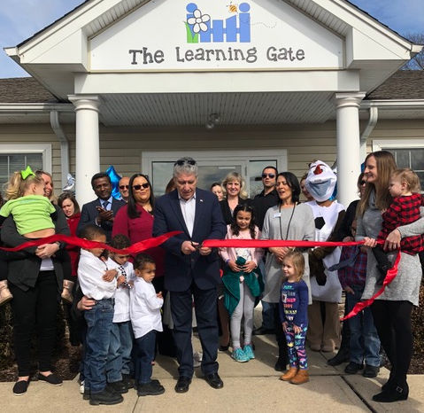Raritan Township mayor cuts ribbon at Learning Gate child care center