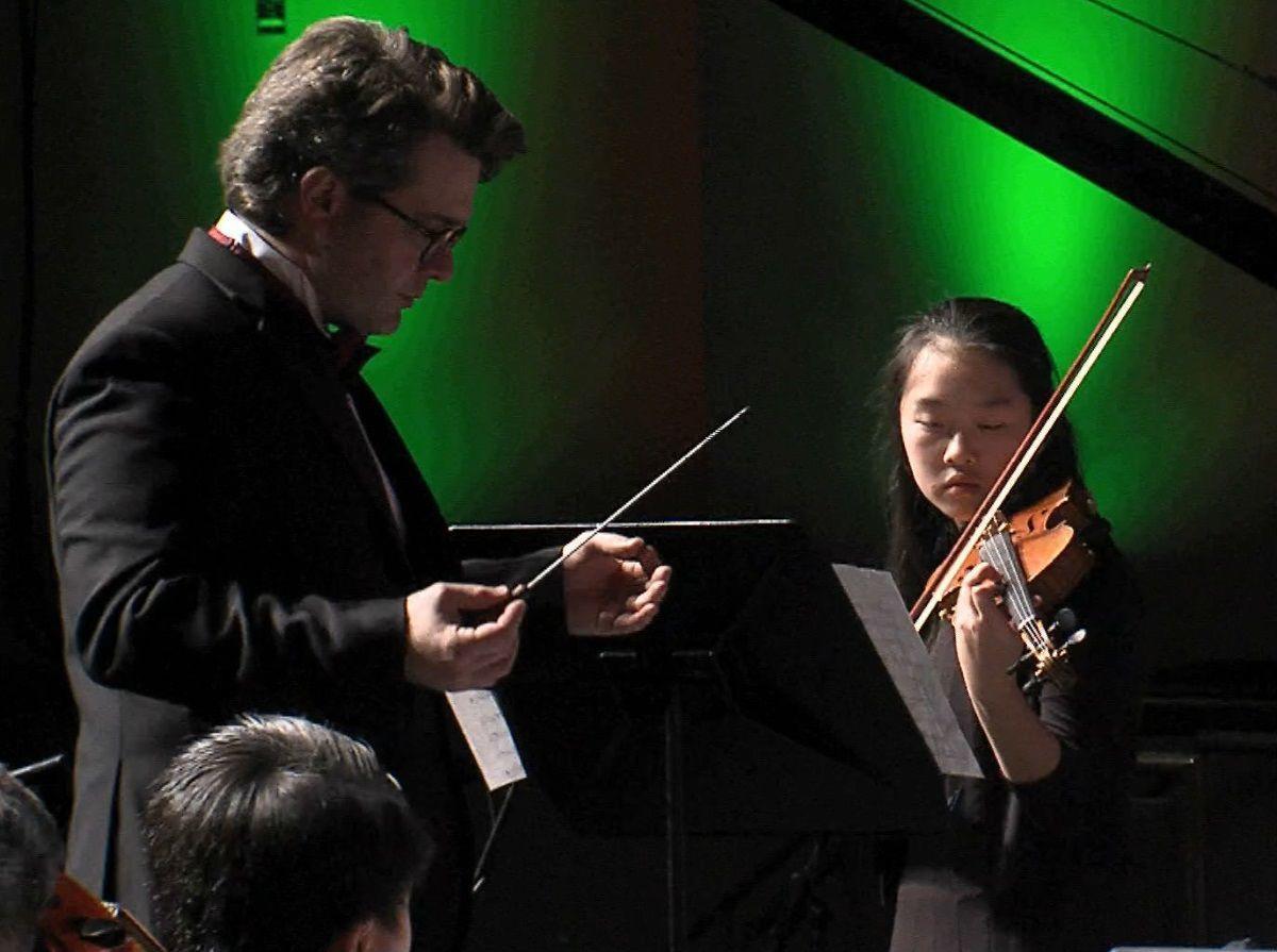 Cai's violin solo