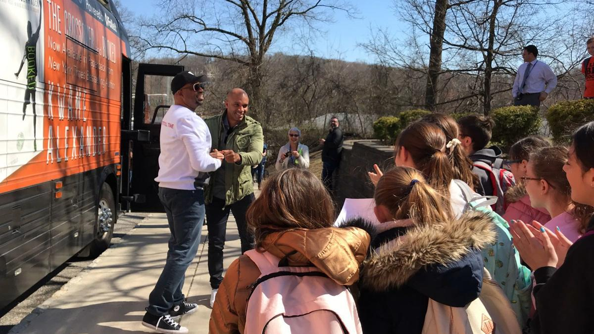 (VIDEO) Author tests students on his books during visit to Lincoln School