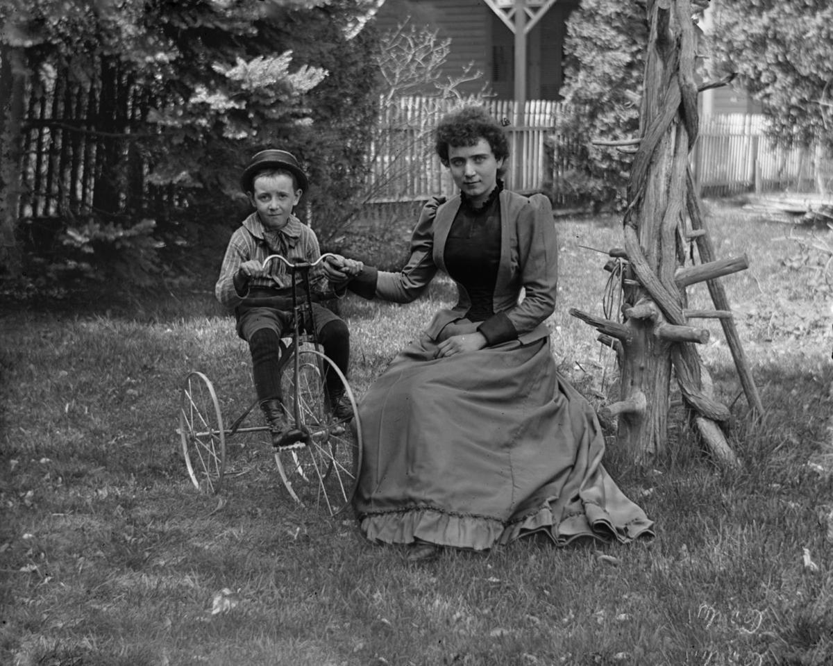 Ida & Willie
