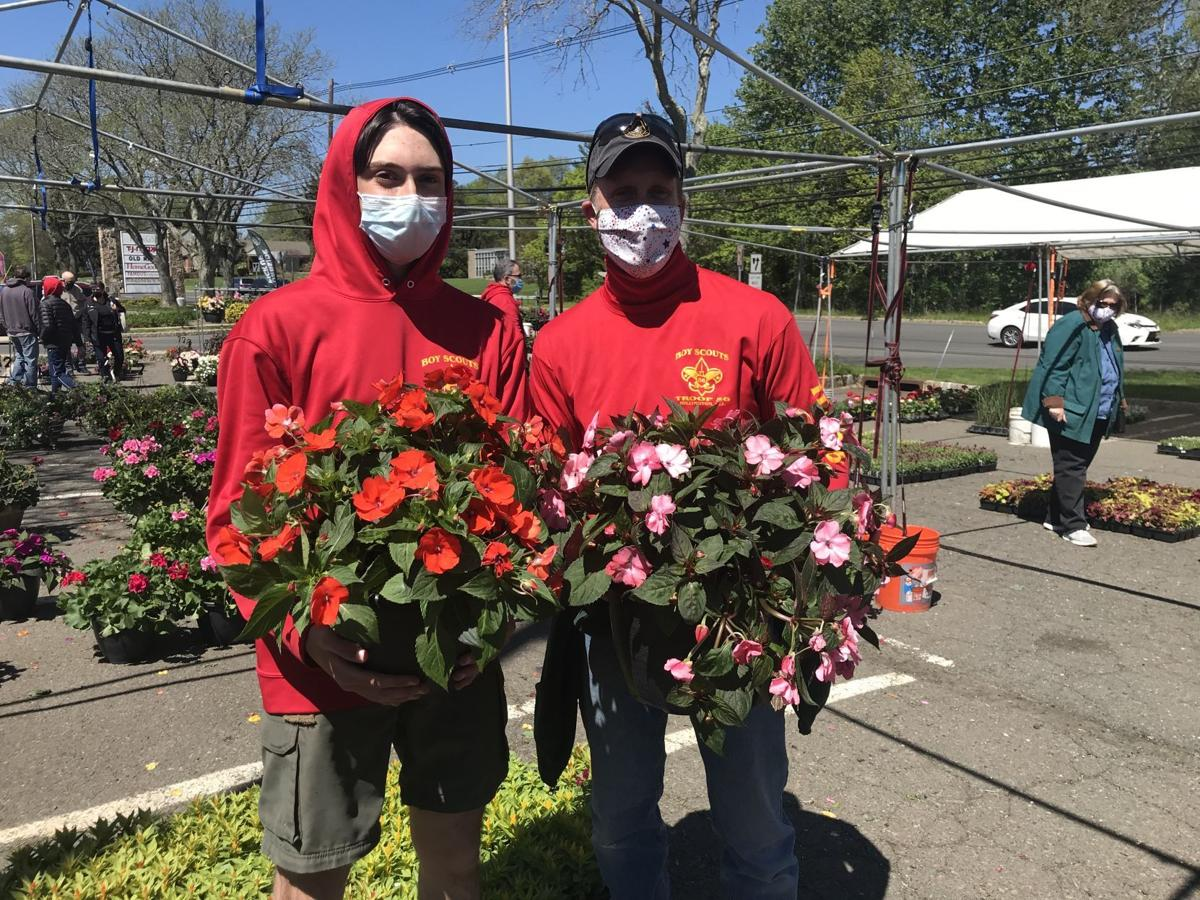 Long Hill Scouts sell flowers