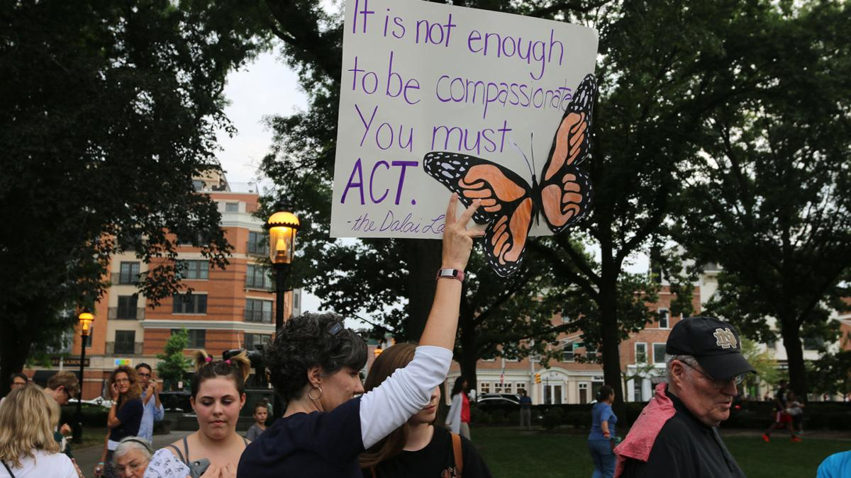 (VIDEO) Anti-hate vigil draws hundreds to Morristown Green