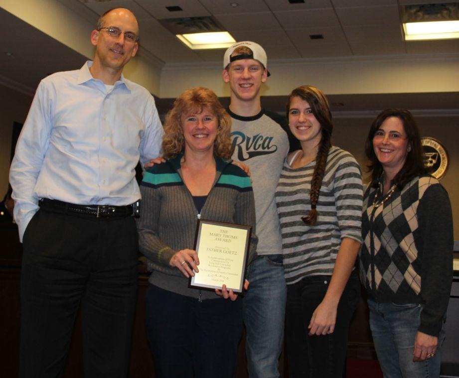Esther Goetz wins Mary Thoms Award