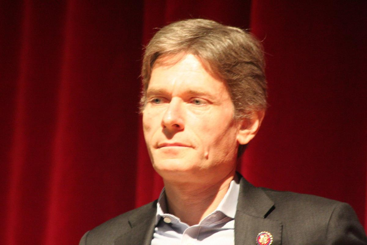 Rep. Malinowski hosts 7th District Town Hall in Cranford