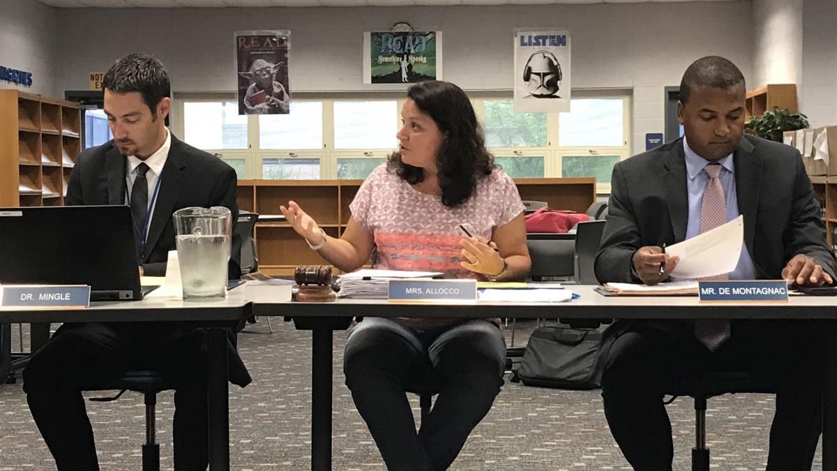 Warren teachers, school board reach tentative contract agreement