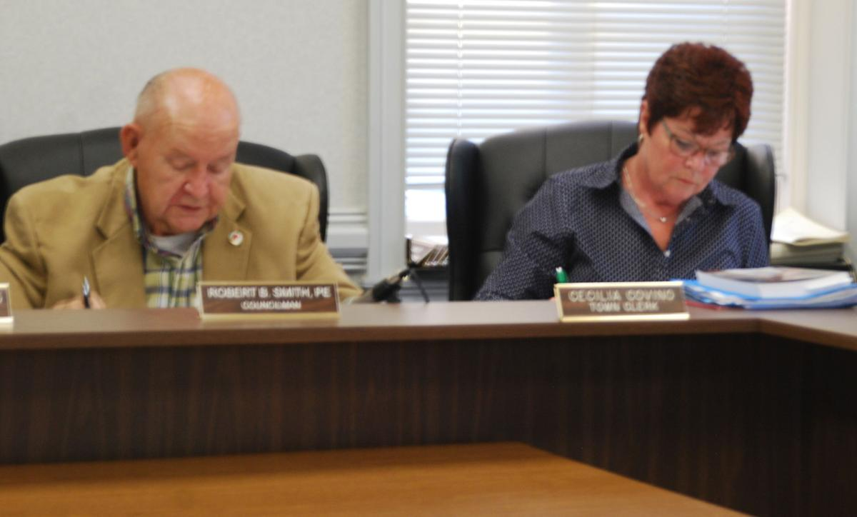 Clinton Town Council considers clarification of volunteer firefighters's blue light vehicles