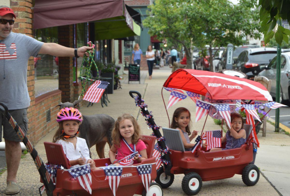 Clinton Town celebrates patriotism for Flag Day