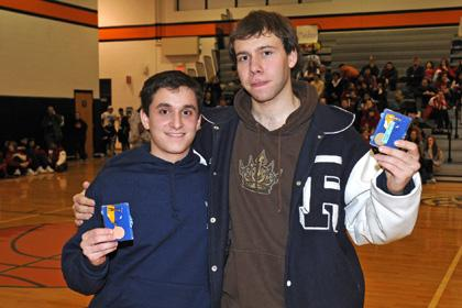 Fencers perform wellin state individuals
