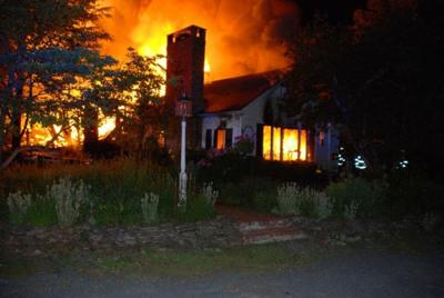 Readington residents escape midnight fire; house destroyed, police say