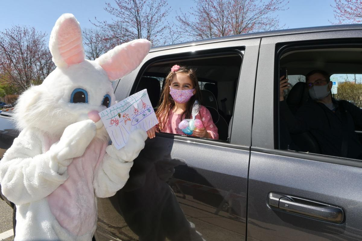 Peter Cottontail greets Long Hill youngsters
