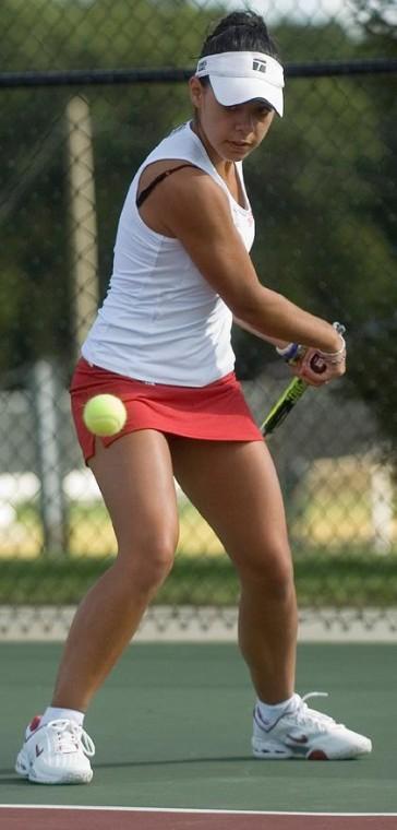 Morris Hills' Nunez stuns top seed to reach tennis quarterfinal