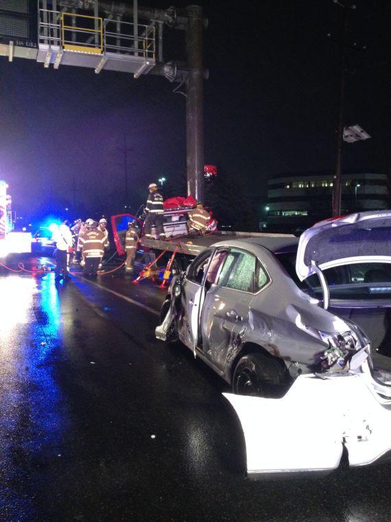 Car crash on Sunday injures four