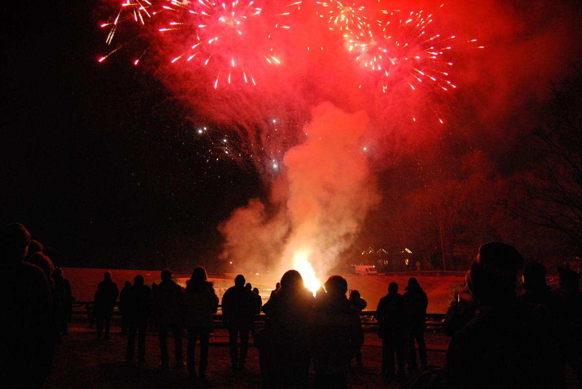 Garden State Fireworks puts on dazzling display