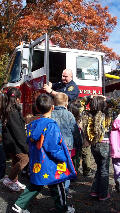 Dover fire marshall teaches children how to stay safe