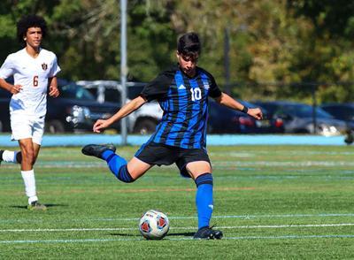Gill boys soccer