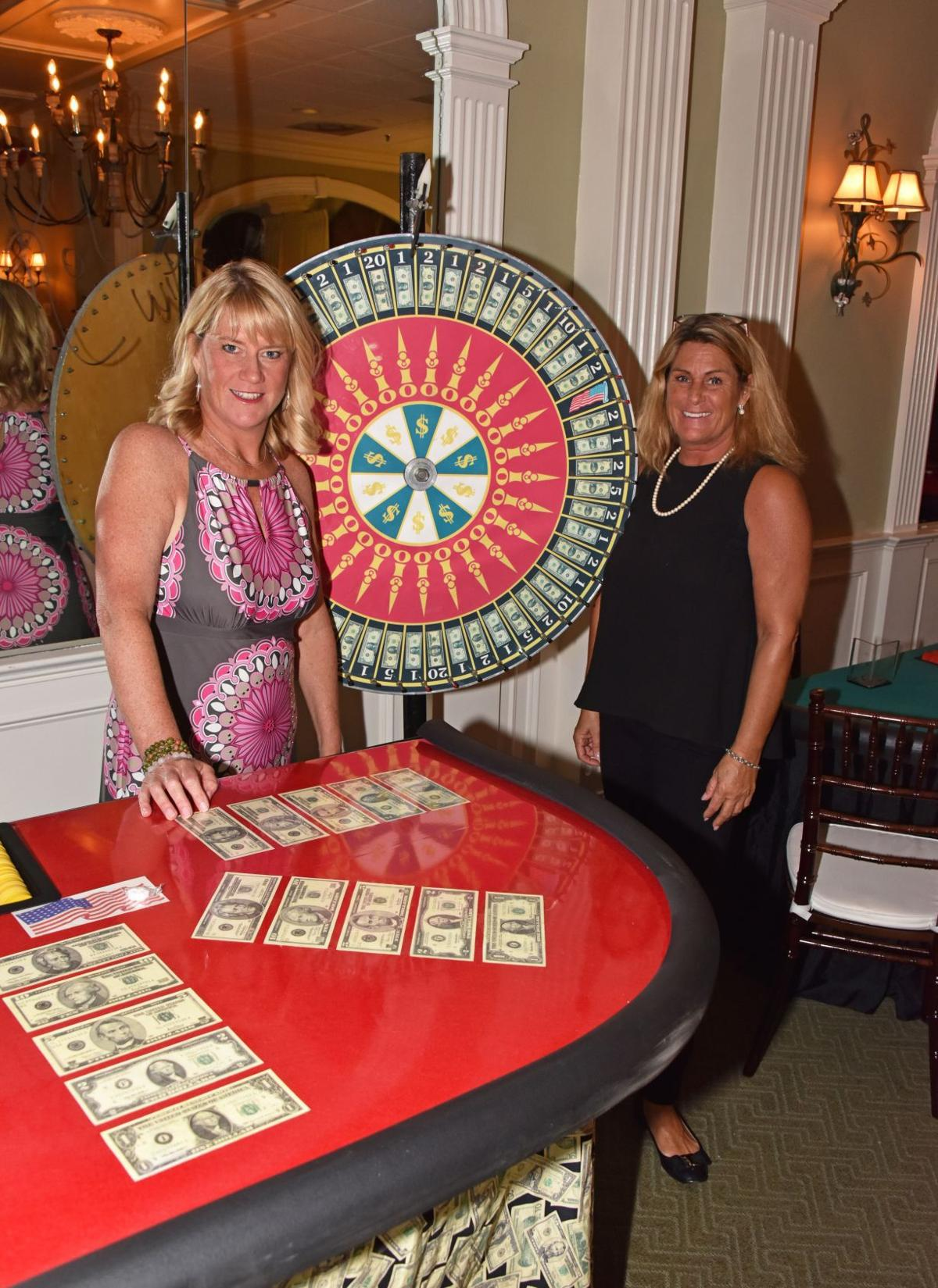 HW_CasinoNight_BBacot-Aigner_ 1.jpg