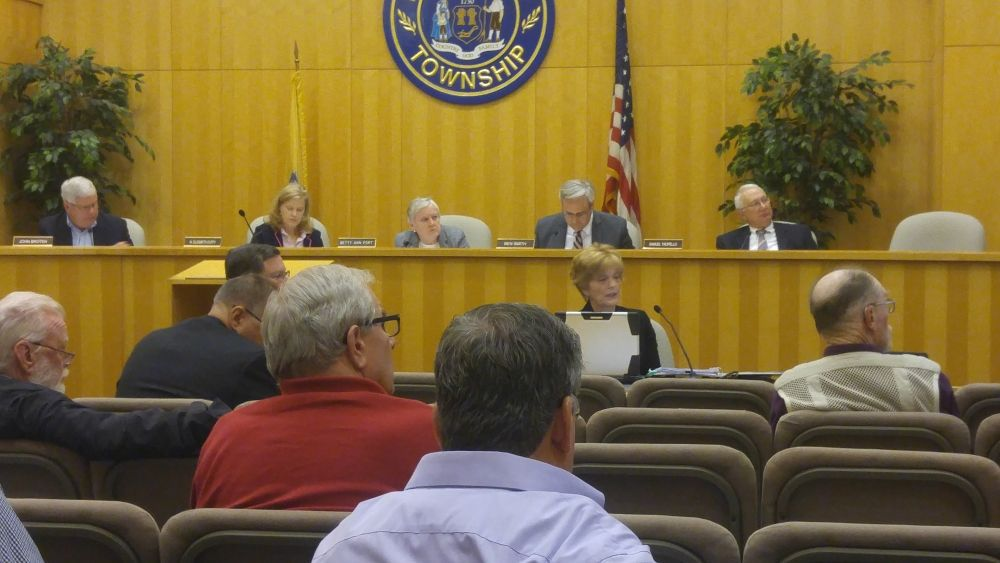 Readington adopts bond ordinance to pave Foothill, private roads