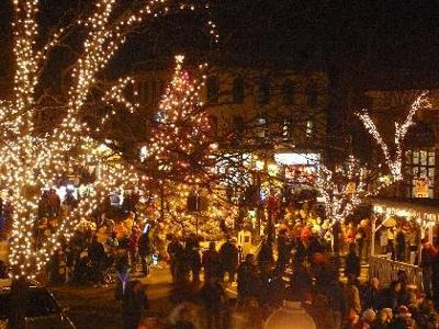 It's Santa, music, Oz, savings in Madison
