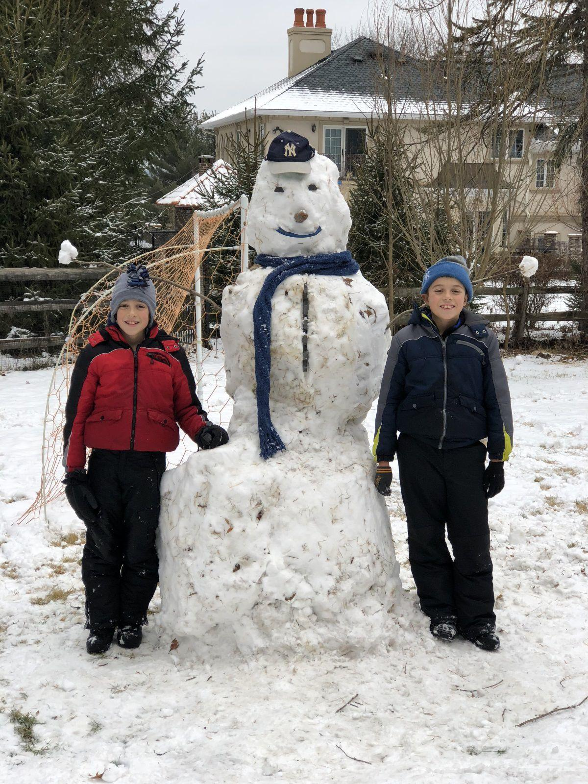 Long Hill Recreation seeks snowman submissions
