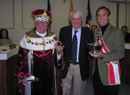 Royal sendoff for retiring councilman