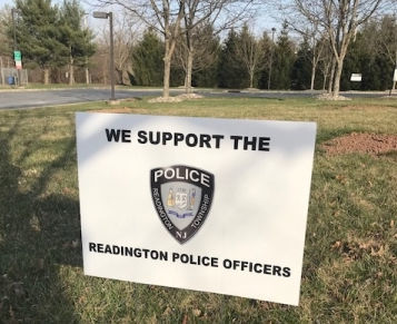 Readington Police offer 'We Support Readington Police' lawn signs