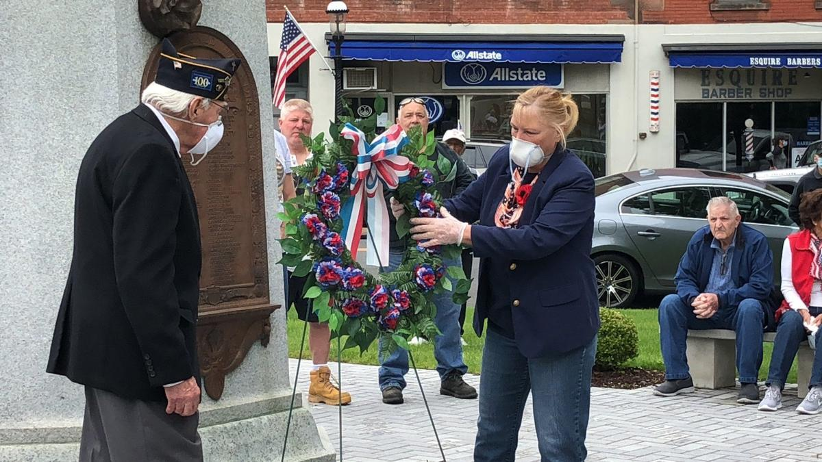 Placing a wreath