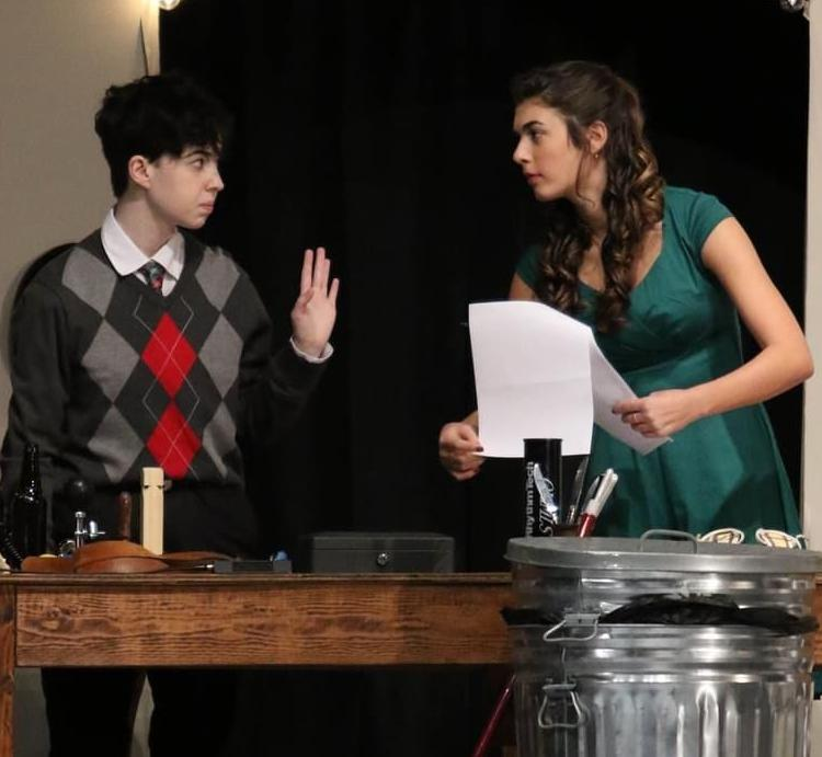 Hunterdon Central presents 'It's A Wonderful Life' as old time radio online