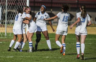 WMC girls soccer