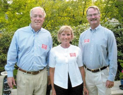 Expect to shake hands with candidates Saturday