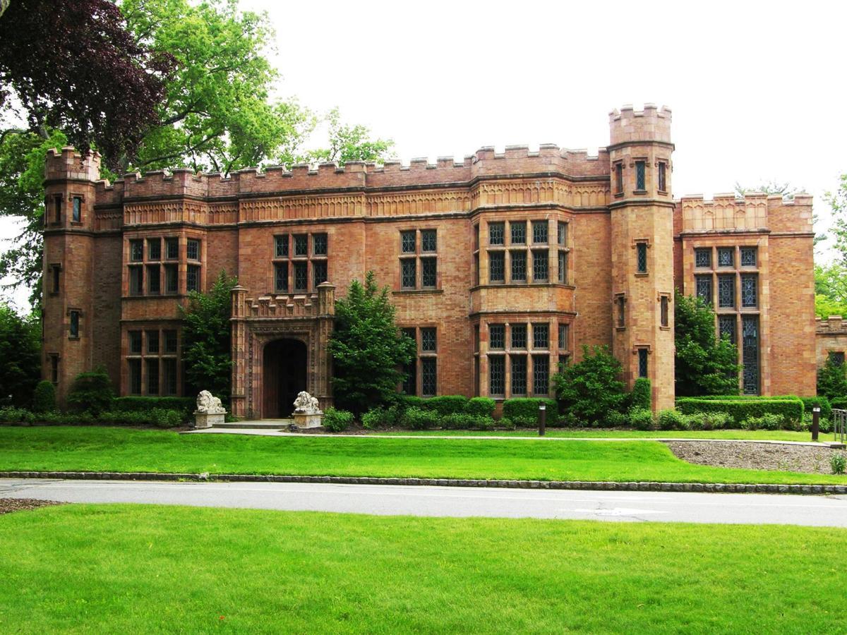 Alnwick Hall in Morristown
