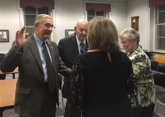 Clinton Council swears in Rylak, Smith for new terms