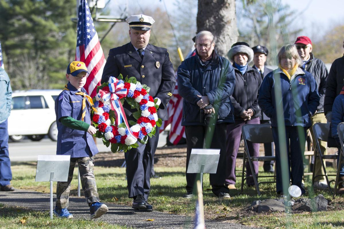 Laying the wreath