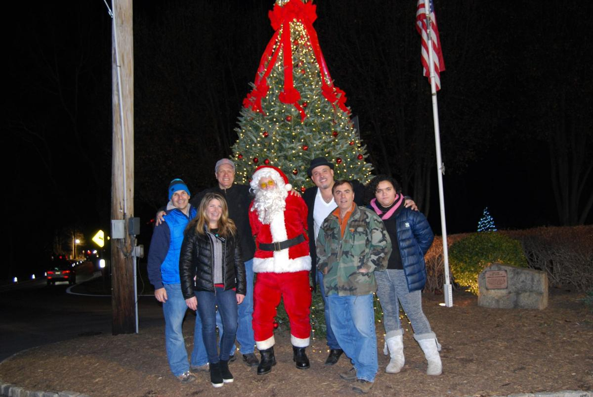 Ringing in the holidays in Meyersville