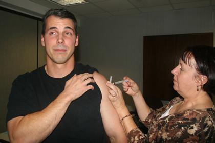 Randolph ramps up H1N1 clinics