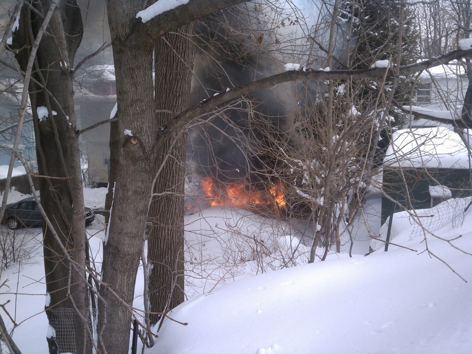 Jeep and garage fire in Caldwell
