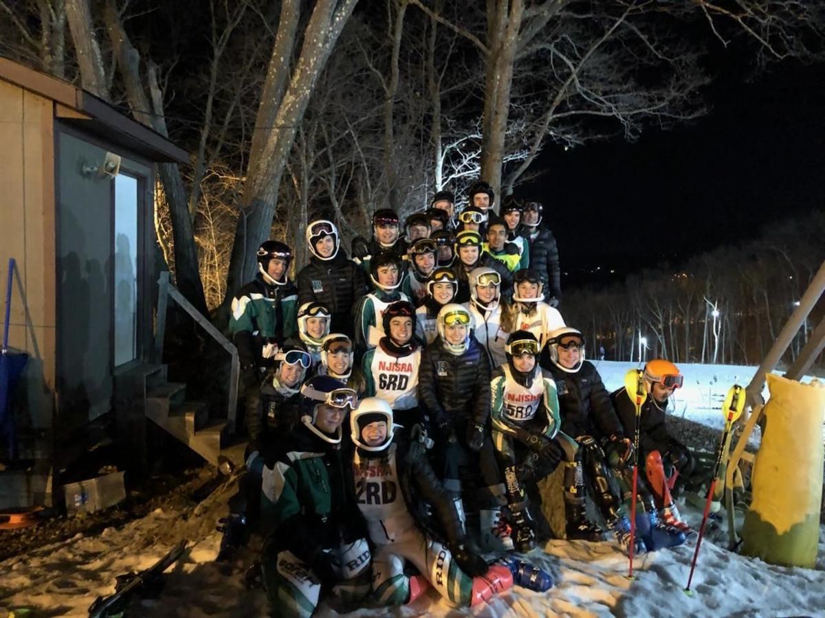 Ridge ski teams