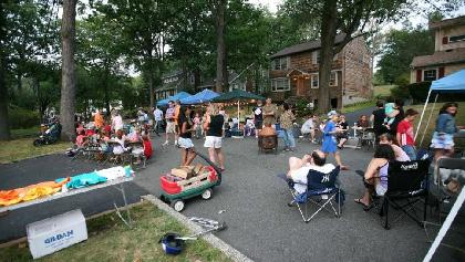Ferndale Road block party