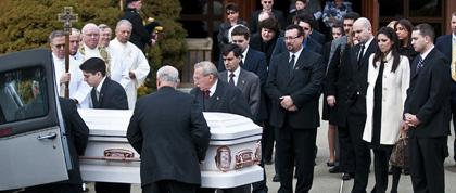Mourners who celebrated Donna Prisco's life wept, laughed, applauded