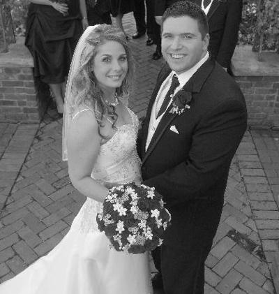 Alison Leigh Nikolayuk marries David Benincasa