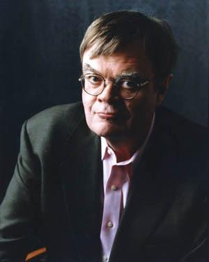 Bad weather doesn't deter fans of Lake Wobegon author
