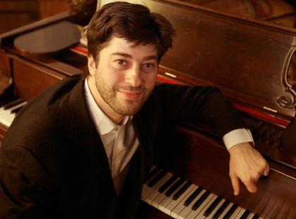 Pianist will assay two solo pieces orchestral in scope