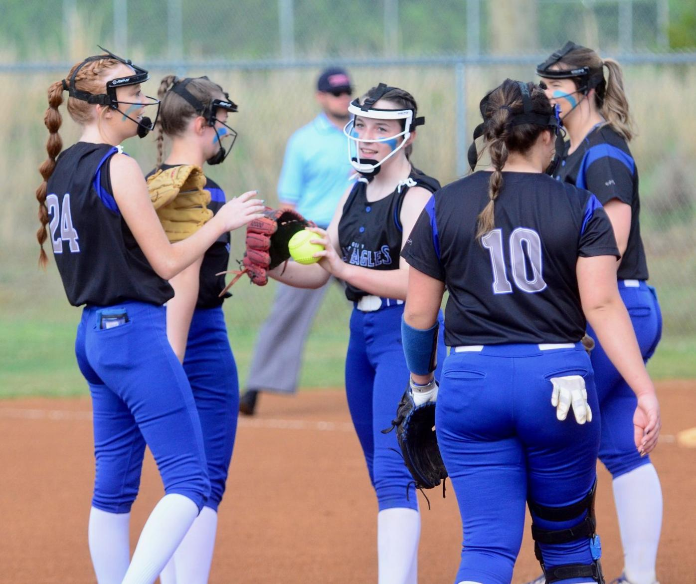 Lady Eagles infield