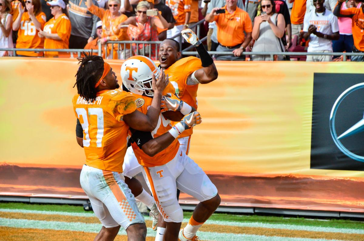 Vols roll to Outback Bowl win over Northwestern | Sports